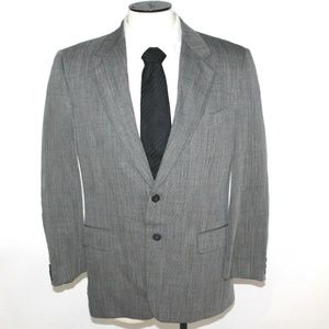 Giorgio Armani La Collezione 2 Button Suit Jacket